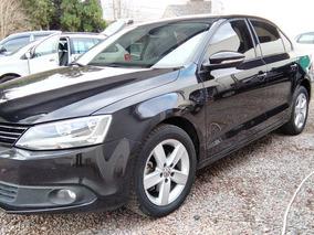 Volkswagen Vento 2.5 Luxury #at3