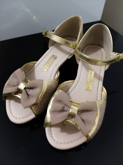 Sandália Infantil Dourada - Molekinha