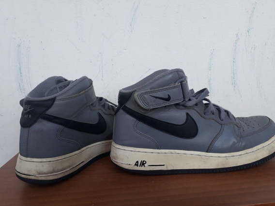 Zapatillas Nike Air Force 1. N° 40
