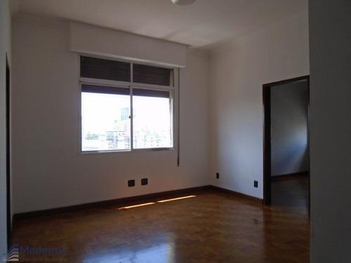 Apartamento, Prédio Misto, 01 Dormitório, A 200 Metros Metrô República, Vdto. 09 De Julho-centro. - Md830