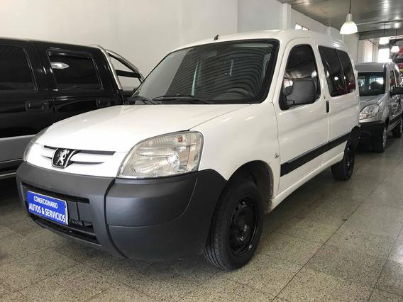 Peugeot Partner Familiar 1.6 Hdi 5as 2016