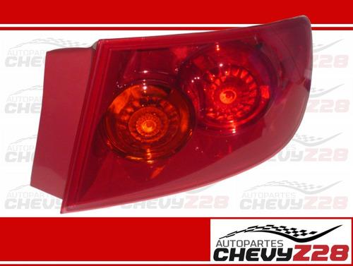 Stop Externo Derecho Para Mazda 3 (fondo Rojo / 2004 - 2009)
