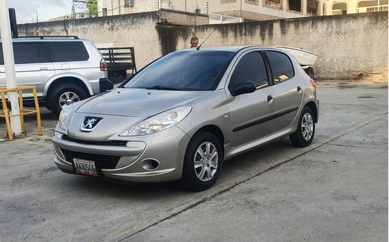 Peugeot 207 Sincronico 2012