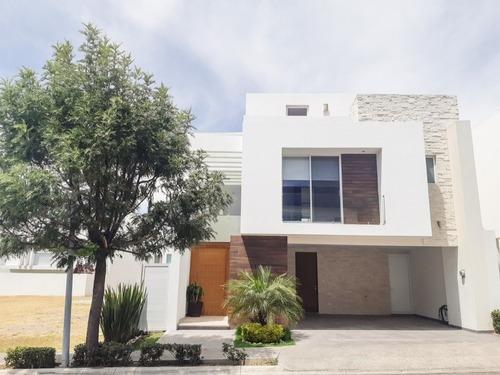 Casa En Renta En Cluster Puebla Blanca! Lomas De Angelopolis!