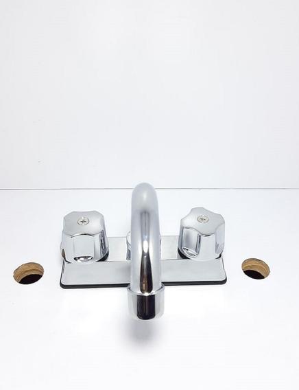 Llave Mezcladora Para Lavabo Con Vástago Cerámico Metalflu 2675