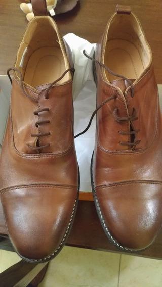 Par De Zapatos De Cuero Legítimo Batistella Numero 44 Marrón