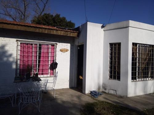 Casa En Venta En El Jaguel