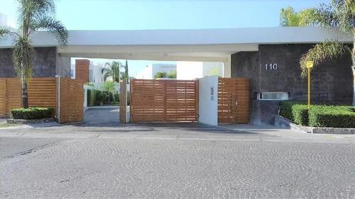 Departamento En Renta En Juriquilla Santa Fe, Querétaro