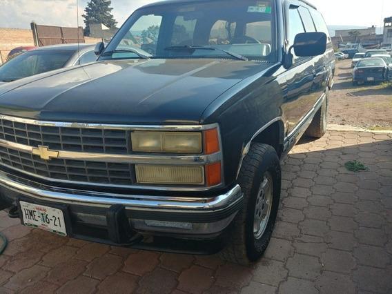 Chevrolet Suburban 92 4x4 1500