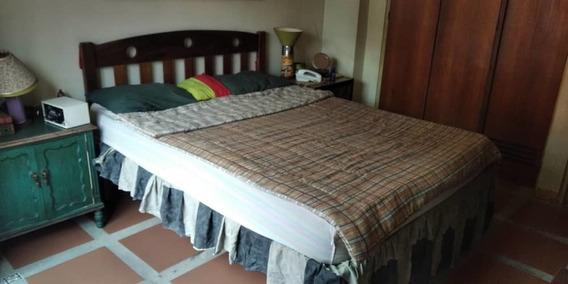 Habitación En Alquiler Para Dama En Sabana Grande Av Solano