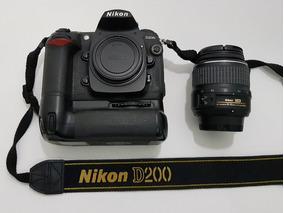 Nikon D200 (corpo) + Grip Mb200 + Nikkor 18-135mm F:3.5-5.6g