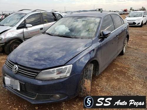 Imagem 1 de 2 de Sucata De Volkswagen Jetta 2011 - Retirada De Peças