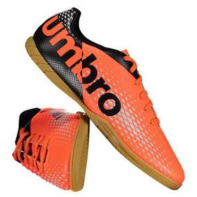 Chuteira Umbro Innverse Futsal Laranja