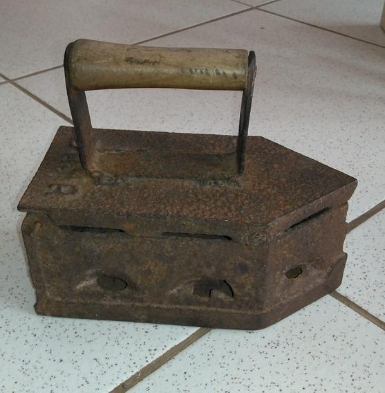 Antigo Ferro De Passar Roupa Á Brasa Original