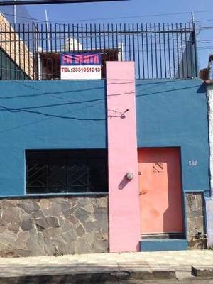 Se Vende Casa En Manuel Doblado, En El Centro De Guadalajara