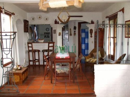 Imagen 1 de 8 de Casa En Pinares, 3 Dormitorios *- Ref: 343