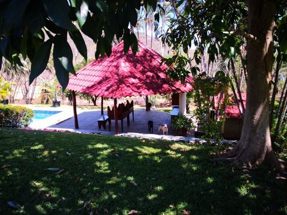Casa De Campo, Piscina, Y A 3 Km De Playa Blanca
