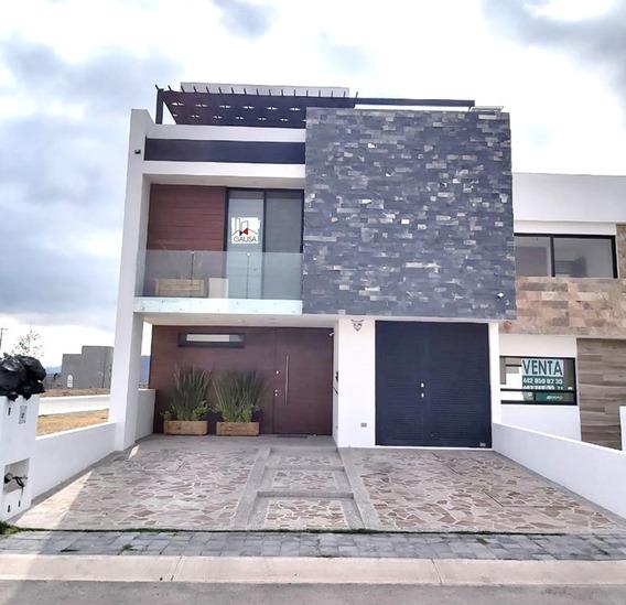 Hermosa Casa En Venta En Gran Reserva Preserve!