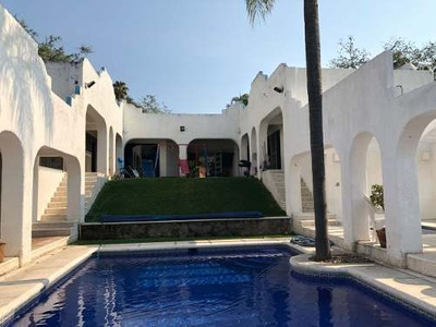 Casa A La Venta En Club De Golf Santa Fe, A Minutos De La Autopista México-acapulco