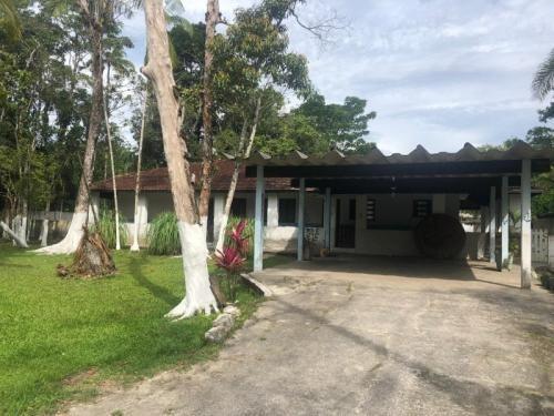 Mini-sítio Com 3 Quartos Em Itanhaém/sp 6742-pc