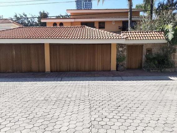 Casa En Venta En Santa Isabel.