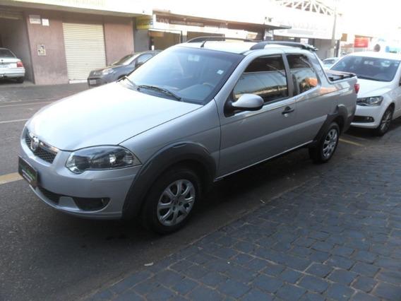 Fiat Strada Trekking 1.6 Prata 2015
