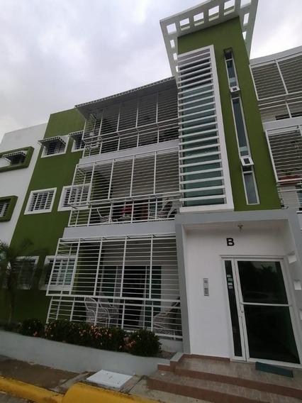 Amplio Apartamento En Urbanizacion Cerrada En Sfm