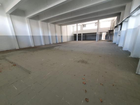Gran Local Barrraca Gym Deposito Jose L Terra Y Concepcion