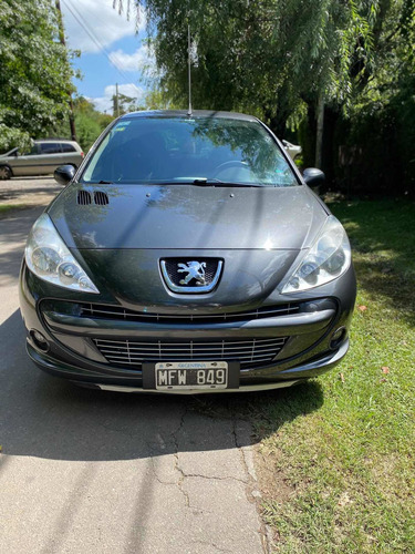 Peugeot 207 2013 1.4 Sedan Allure 75cv