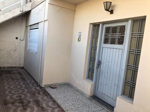 Imagen 1 de 13 de Casa En Venta En Caseros