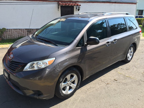Toyota Sienna 3.5 Le Mt 2012