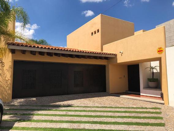 Casa En Venta En Colinas Del Parque, San Luis Potosi