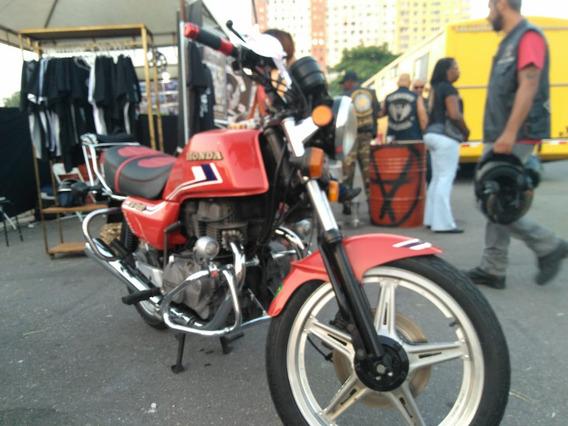 Cb 400 Raridade Para Motociclistas Exigentes