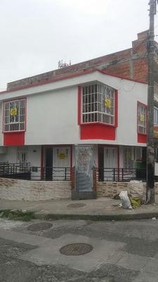 Casa En Segundo Piso Barrio Cambulos
