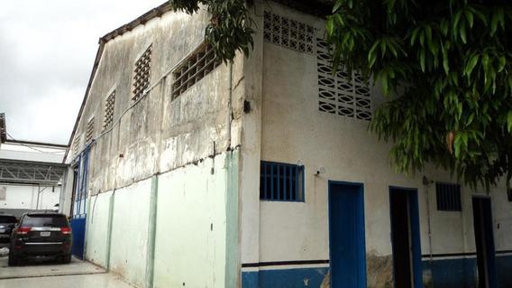 Galpon En Venta Barquisimeto 20-6482, Lp