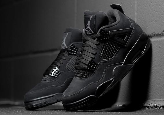 Sneakers Nike Air Jordan Retro 4 Black Cat