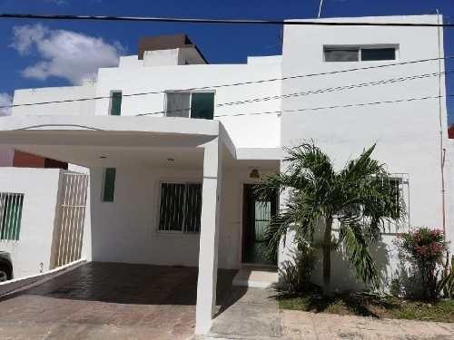 Casa Sola En Renta En Vicente Guerrero, Campeche, Campeche