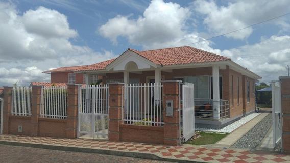 Vendo O Permuto Hermosa Casa En Conjunto Cerrado