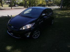 Ford Fiesta Kinetic Design Titanium Impecable