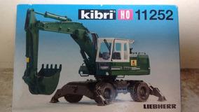 Kibri Escavadeira Liebherr 1/87 Em Pastico Aproveite!!!