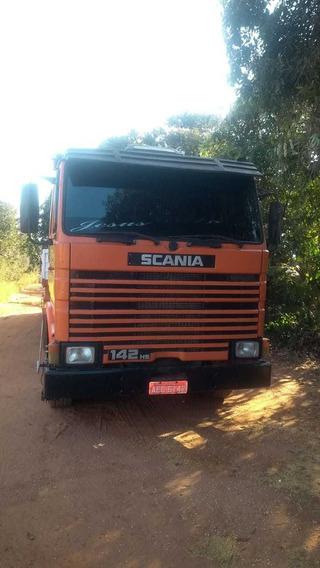 Scania 142 V8