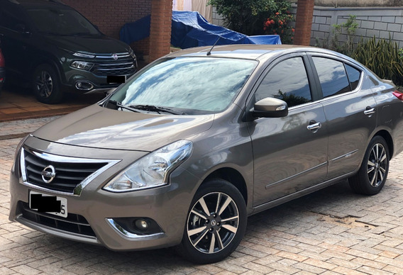 Nissan Versa 1.6 16v Flexstart Unique 4p Xtronic