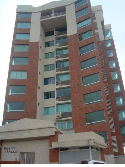 Apartamento, Av Ferrero Tamayo.