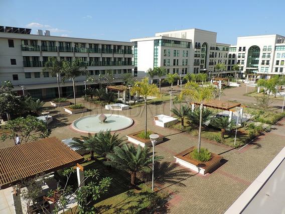 Flat Com 43,80m², Todo Mobiliado, 01 Quarto, 01 Suite, 01 Vaga De Garagem, Condomínio E Iptu Incluso! - Villa90058