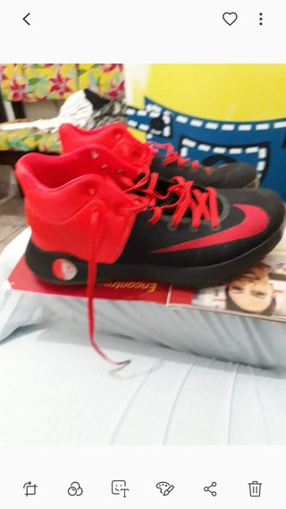 Vendo Tênis Nike Original Importado N* 41 Usado 2 Vezes.