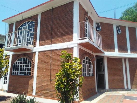 Bonita Casa Rústica En Montecillo