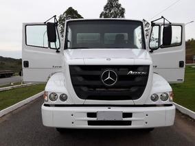 Mercedes Atron 1319 4x2 Ano 2014 Cabine Suplementar
