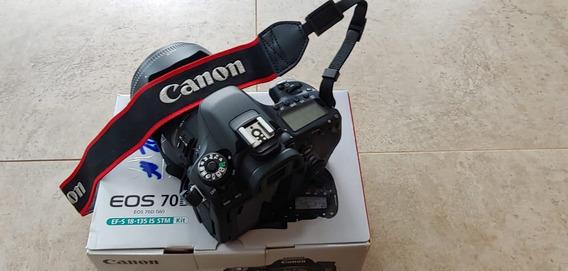 Canon 70d Com A Lente 18-135 Mm F/3.5-5.6 Is Stm
