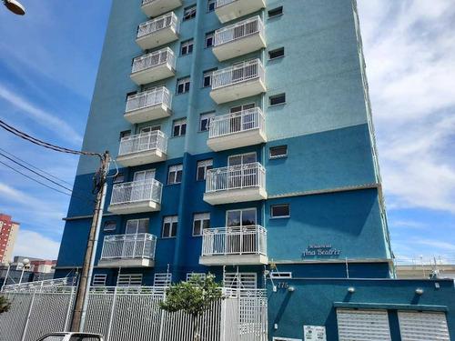 Aluguel De Apartamentos / Garagem  Na Cidade De São Carlos 27237