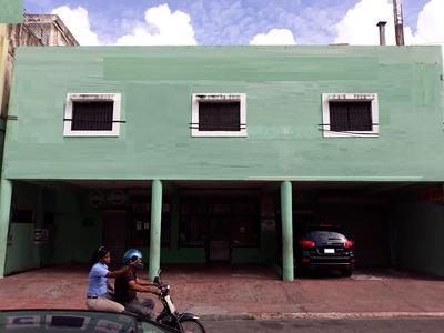Local De Dos Niveles Para Varios Comercios En Villa Juana